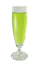 Picture of Midori Sparkle. The Midori Sparkle is made from Midori Melon Liqueur and Dry Sparkling Wine, and served in a champagne flute.